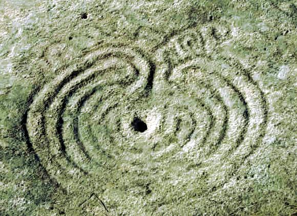 petroglifo de mogor