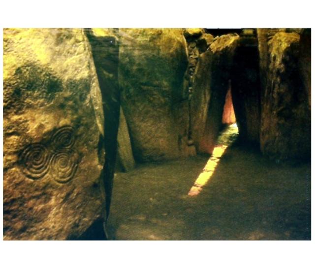 Newgrange Brú na Bóinne